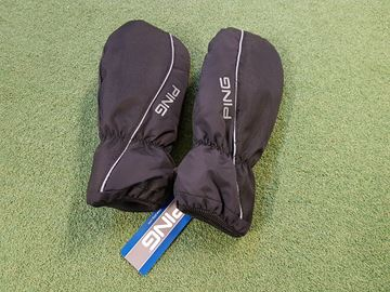 Picture of Ping Golf Mitts - Black