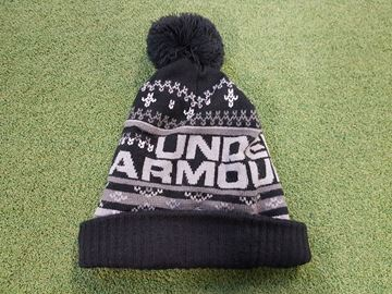 Picture of Under Armour Retro Pompom 3.0 Bobble Hat - Black