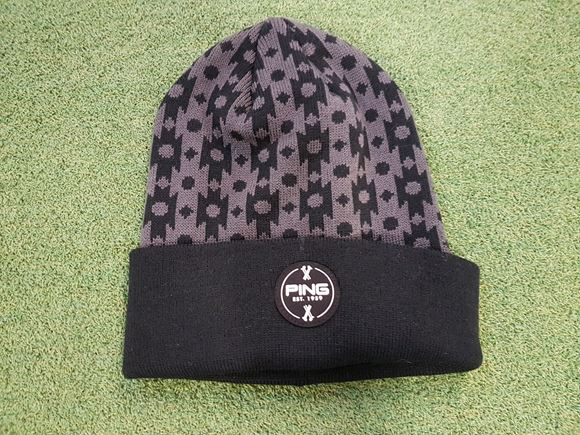 Picture of Ping Bobble Hat - Black/Grey