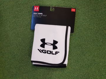 Picture of Under Armour Towel - White